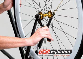 Làm thế nào để thay thế 1 vành bánh xe 3