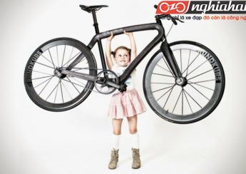 Các sinh viên Anh Quốc sản xuất xe đạp gấp đầu tiên bằng vật liệu tổng hợp 3