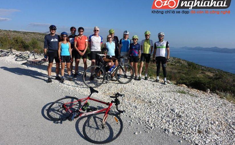 Du lịch bằng xe đạp thể thao 4
