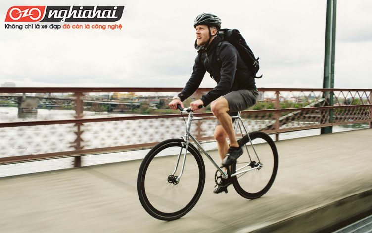 Hướng dẫn đạp xe đạp thể thao dành cho người mới 3