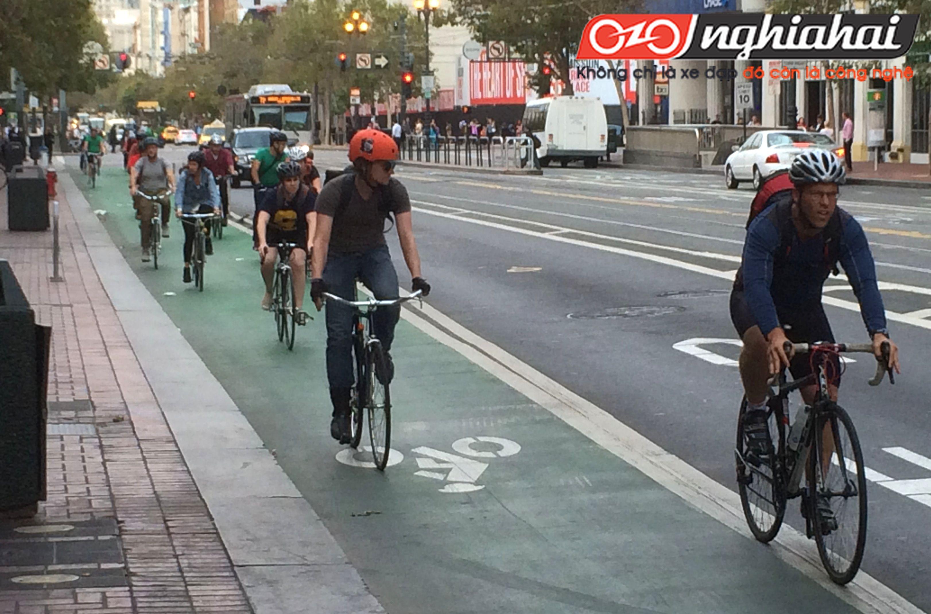Mẹo để người đi xe đạp giữ an toàn cho bản thân 3