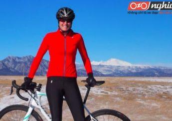 Vận động viên đạp xe đạp thể thao chuyên nghiệp 3