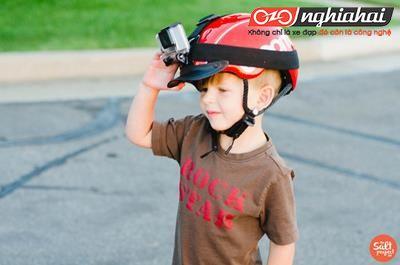 Làm thế nào để dạy con đạp xe đạp chỉ trong 9 phút?