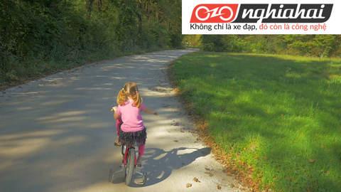 An toàn khi đi xe đạp trẻ em. Lưu ý khi đi xe đạp trẻ em 3