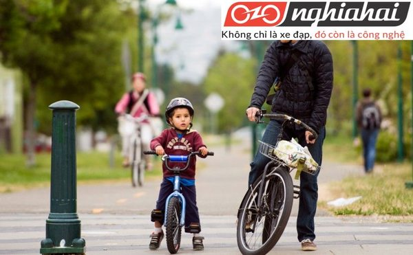 Cách để trẻ đạp xe đạp trẻ em dễ đàng 1