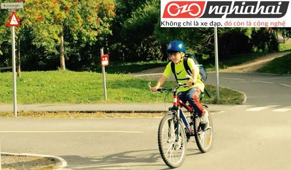 Tìm hiểu dòng xe đạp cân bằng trẻ em OOPS 1