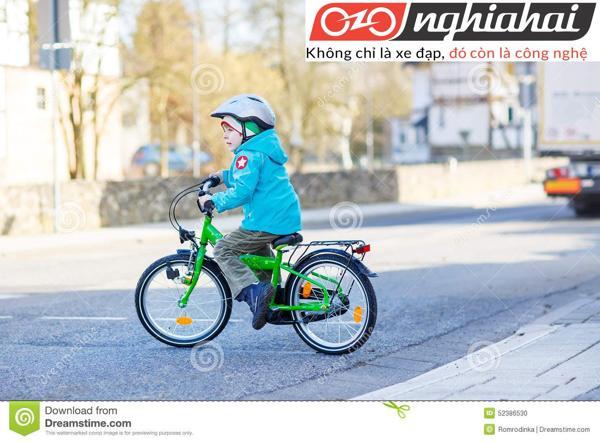 Dụng cụ cần thiết cho trẻ khi đạp xe 3