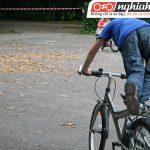 Luyện tập cho bé đạp xe dễ dàng hơn 3