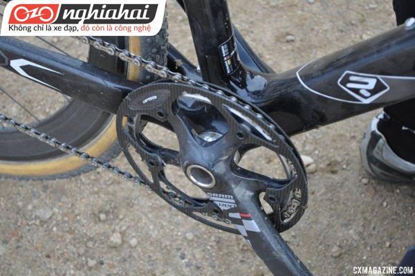 Hãy đạp xe một cách cẩn thận 1