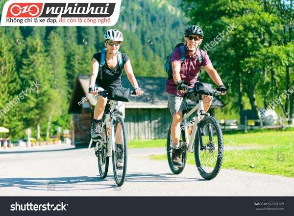 Hãy đạp xe một cách cẩn thận 2