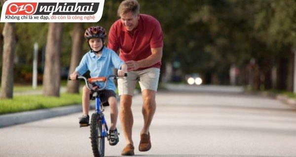 Những điều cha mẹ cần biết khi đạp xe cùng trẻ sơ sinh 2