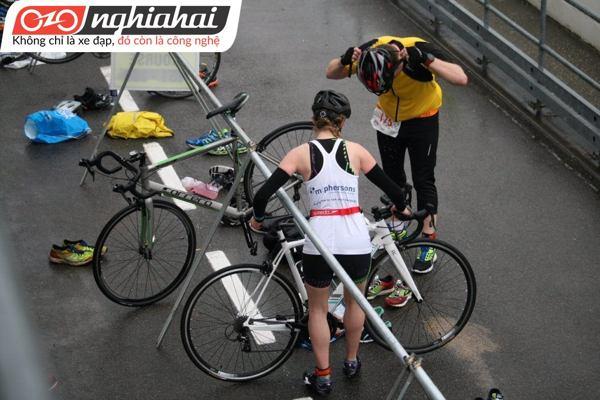 Bọt làm sạch phanh đĩa cho xe đạp 2