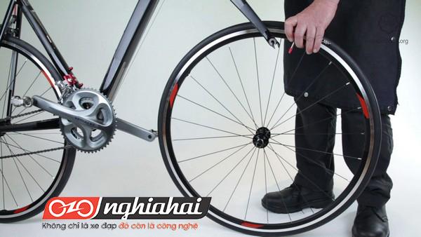 Làm thế nào để thay thế 1 vành bánh xe 1