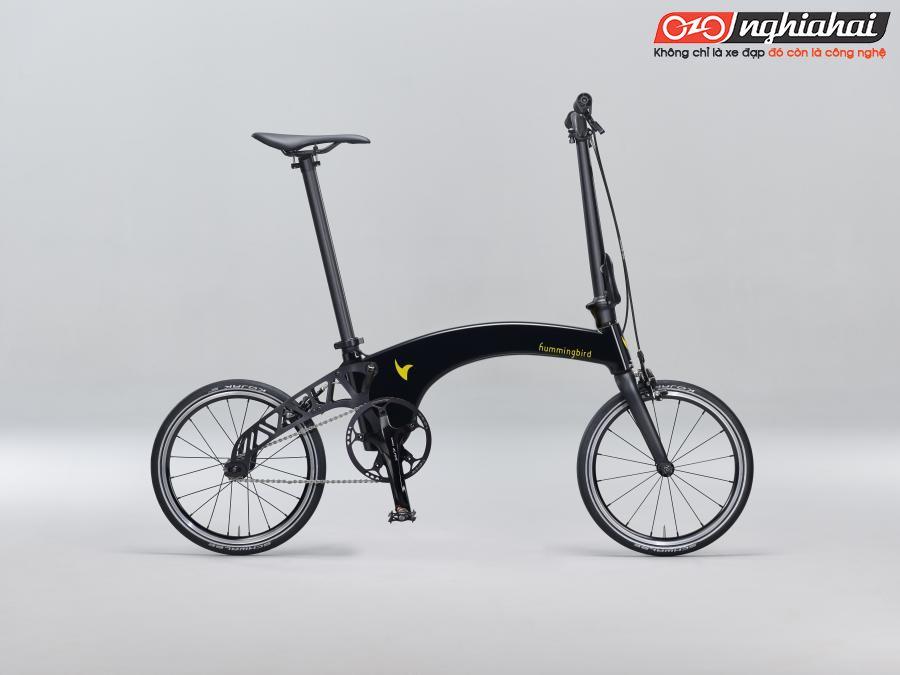 Các sinh viên Anh Quốc sản xuất xe đạp gấp đầu tiên bằng vật liệu tổng hợp 2