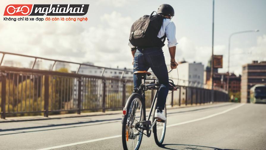 Hướng dẫn đạp xe đạp thể thao dành cho người mới1