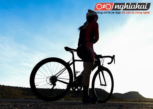 Kỹ thuật đạp xe đạp thể thao chuyên nghiệp 2