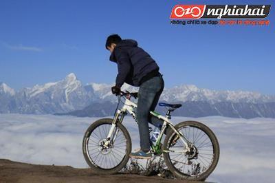 Đi xe đạp đường dài mà bị tê tay thì phải làm thế nào?3