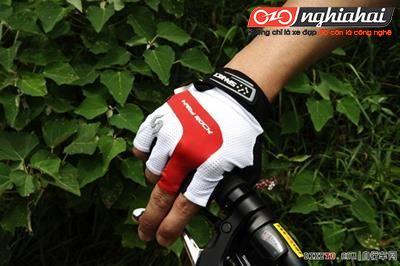 Đi xe đạp đường dài mà bị tê tay thì phải làm thế nào?2