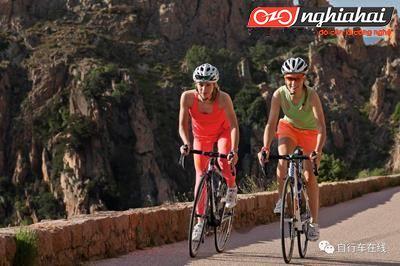 Tại sao các tay đua cần phải có bộ đếm tần số đạp xe?2