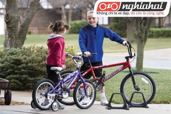 Cách đạp xe đạp trẻ em không bánh phụ 3