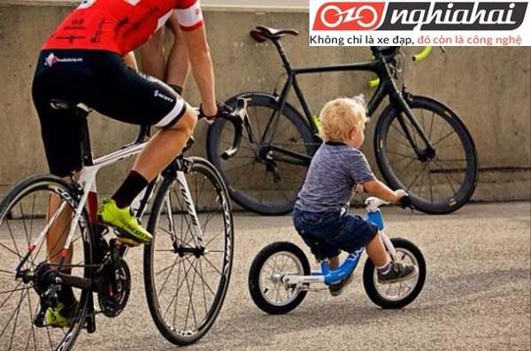 Hướng dẫn sử dụng xe đạp trẻ em cân bằng 1