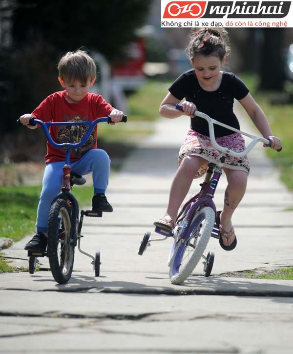 Đánh giá xe đạp trẻ em Royal Baby BMX 2