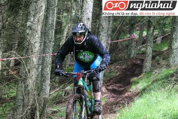Hướng dẫn sử dụng xe đạp địa hình leo núi 2