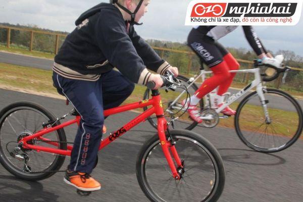 Cho trẻ đạp xe có những lợi ích gì 2