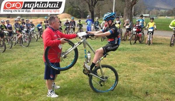 Đánh giá xe đạp Nakita Spider 5.5 1