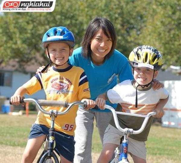 Dạy trẻ đạp xe trong thành phố 1