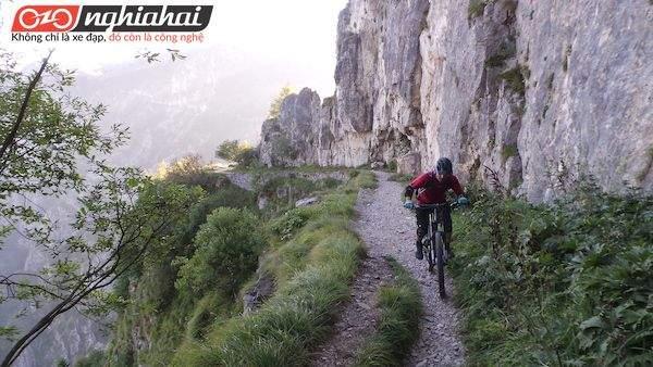 Mũ bảo hiểm xe đạp mọi địa hình Bontrager Rally 1